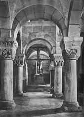 Der untere Teil der Doppelkapelle auf der Nürnberger Kaiserburg um 1930.