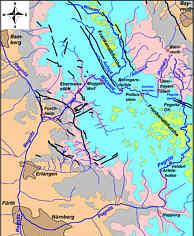 Geologisch/tektonische  und  hydrographische  Übersichtskarte  der  Nördlichen  Frankenalb nebst Albvorland mit den Quellbereichen von Pegnitz und Püttlach im NE-Quadranten.