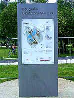 """Schautafel  """"Silbersee: Baugrube Deutsches Stadion""""; Info-System Reichsparteitagsgelände Nürnberg"""