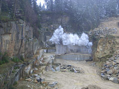 Sprengung im Granitbruch Reinersreuth/Ofr.