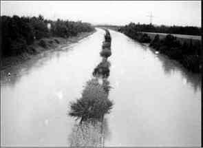 """Überflutung des """"Frankenschnellwegs"""" 1995"""