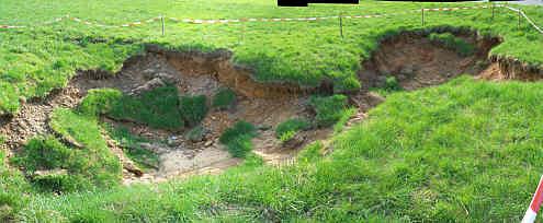 Erdfall bei M�nchs, (Gemeinde Betzenstein, N�rdl. Frankenalb)