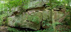 B�nke des Mittleren Burgsandsteins bei Schloss Kugelhammer (Ldkr. Roth)