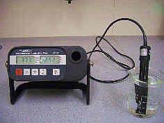 Messung der spez. elektr. Leitfähigkeit einer Wasserprobe