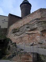 """""""Sinwellturm"""" sowie mittelalterliche Befestigung der Kaiserburg zu Nürnberg"""