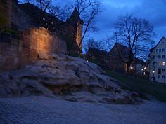 """Kaiserstallung und """"Luginsland"""" der Burg zu Nürnberg."""