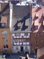 Mittelalterliches Handwerkerhäuschen unterhalb der Kaiserburg zu Nürnberg