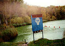 Warnschild am Silbersee