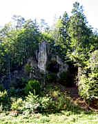 Höhlenruine im Trockental bei Kastl/Opf.